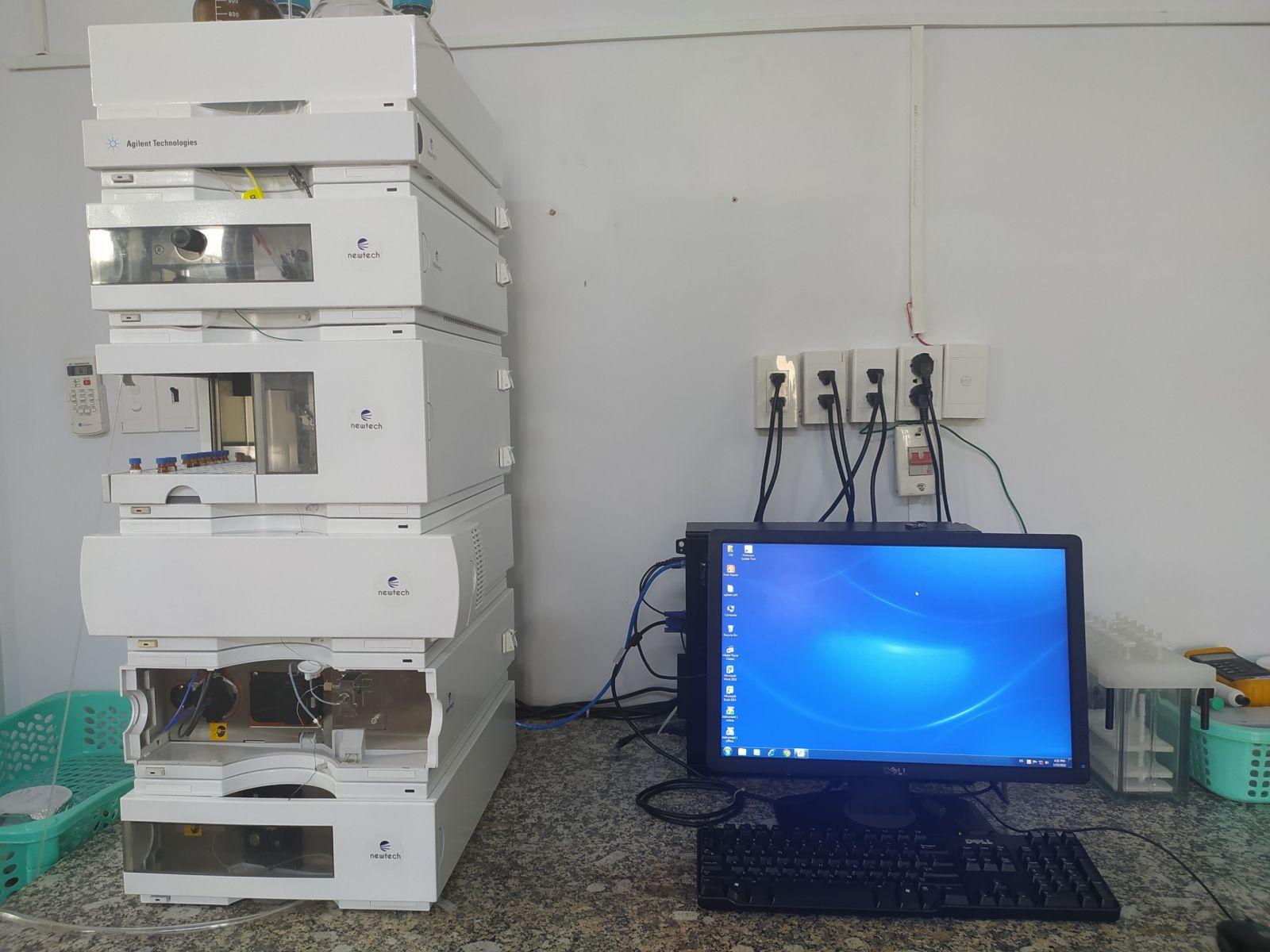 máy HPLC